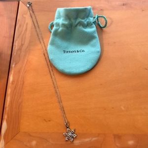 Tiffany snowflake necklace